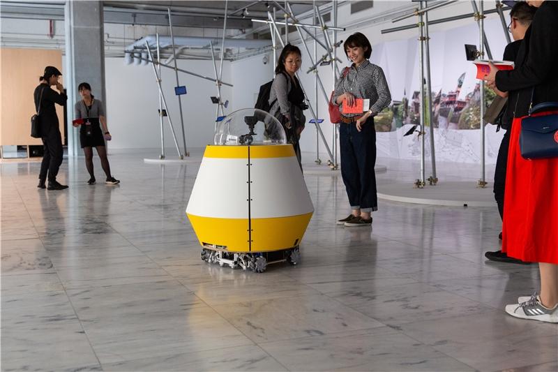 在地實驗,《漫遊者函集》,2018,科技藝術,尺寸視空間而定。